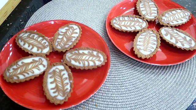 باركات الشوكولا البيضاء مممممممم تستاهل التجربة وصفات أم وليد Food Desserts Sugar Cookie