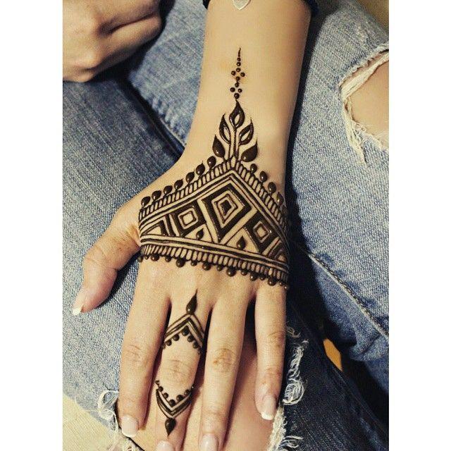 Mehndi Tattoo Man : Ideen zu henna men auf pinterest baum