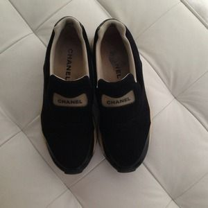I just added this to my closet on Poshmark: Chanel sneaker. Price: $209 Size: 8
