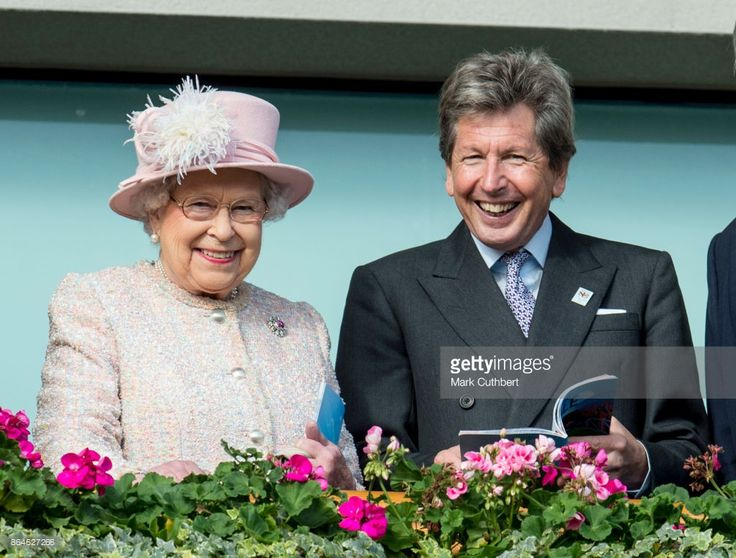 Queen Elizabeth II and John Warren at The Qipco British Champions Day at Ascot Racecourse on October 21, 2017 in Ascot, England. (Photo by Mark Cuthbert/UK Press via Getty Images)