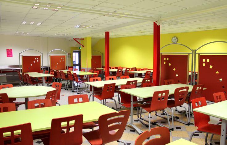 AMBIANCE CANTINE SCOLAIRE PRIMAIRE CHAISES LUGE ET TABLES ESTIVAL #ensembletablechaise #table #chaise #chair #restauration #rodet #espacecollectif #cantinescolaire