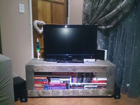 TV cabinet from pallets