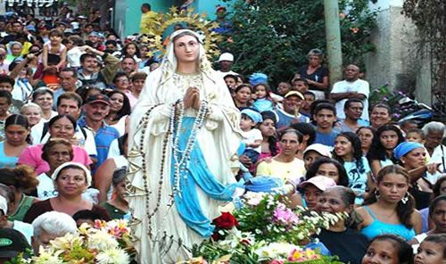 People Carrying the Statue of the Virgin of Candlemas