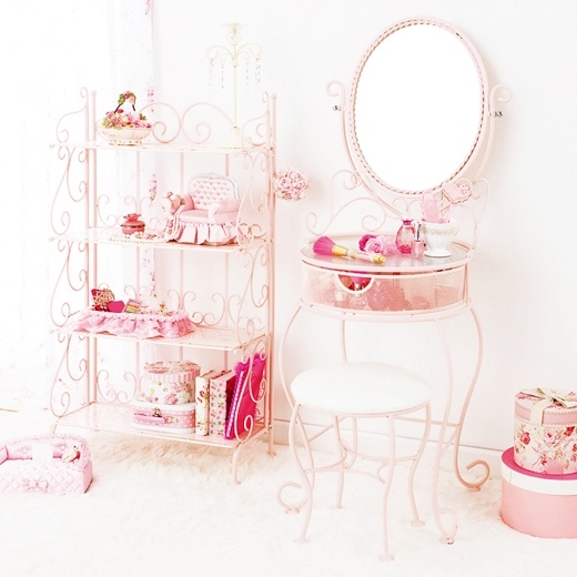 #vanity #furniture #cute #pink #princess #floral