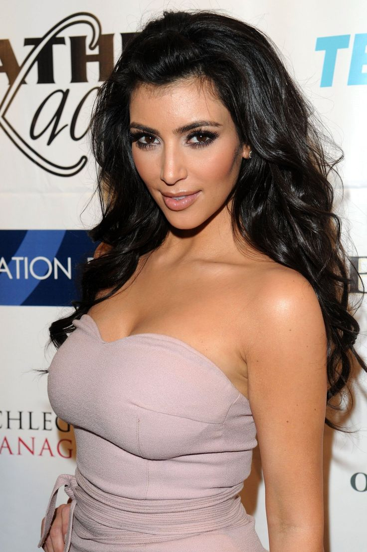 68 best Kim K images on Pinterest | Beautiful dresses, Beautiful ...