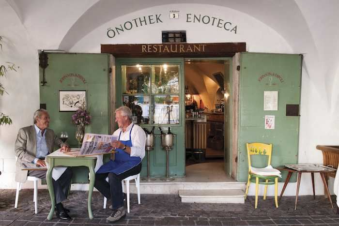 Typical South Tyrolean wine bar & restaurant