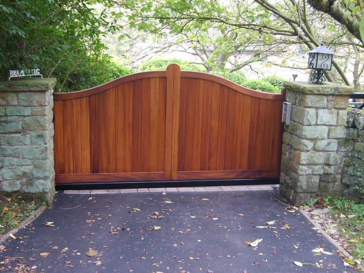 how to make wooden gates for driveways