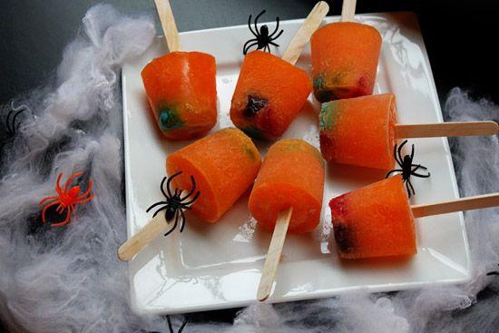 Fun Ideas for Spooky #Halloween Fruit Snacks