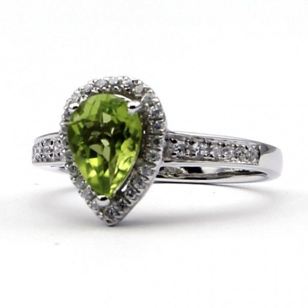 peridot wedding rings 25 best ideas about peridot engagement rings on 6465