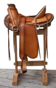 Horse Gear Innovations Shop - Custom made Sattel von Horse Gear