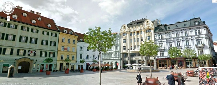Google Street View - Hlavne namestie, Bratislava