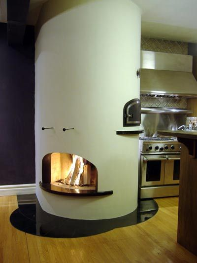 Fireplace with Pizza oven - love the concept of this solution.