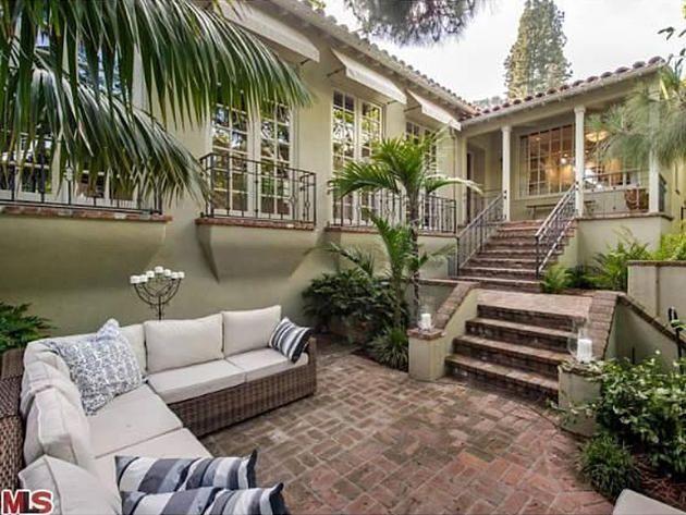 213 best images about celebrity real estate homes property hollywood on pinterest mansions. Black Bedroom Furniture Sets. Home Design Ideas