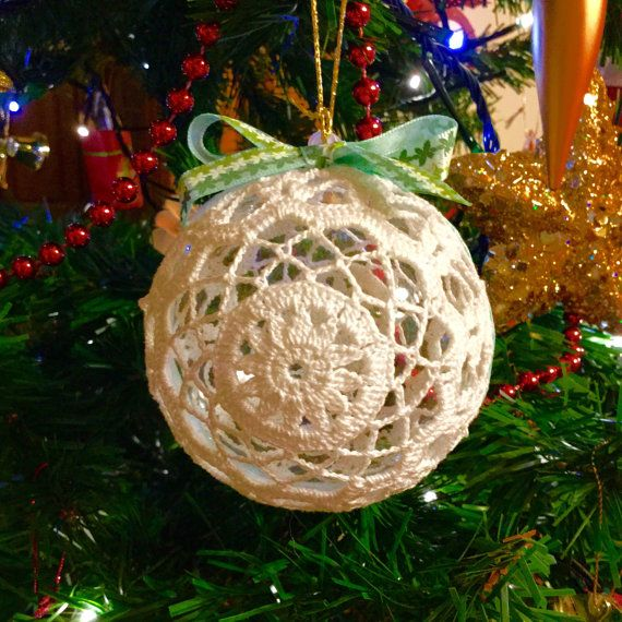 Handmade crochet Christmas ball 8cm Christmas by fiocchidicotone01