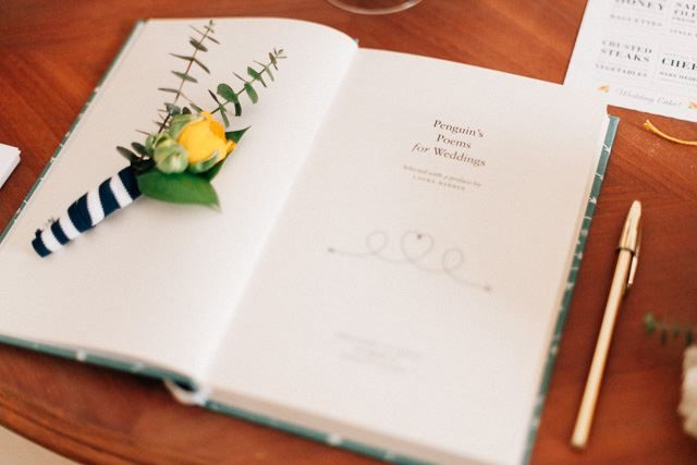 Message book  Photo by One Love Photography www.inlove.pt