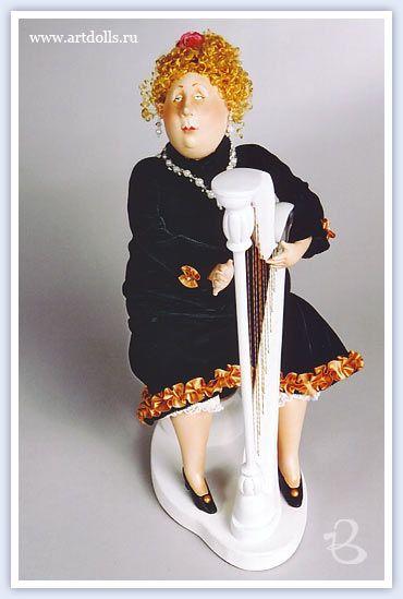 «Муза», ед. экз., паперклэй, 32 см, продана
