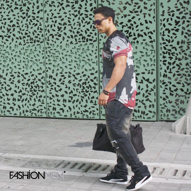 El hombre moderno está siempre en actividad. Oficina, gimnasio, universidad, todo va en un solo día de rutina. #TendenciasFashionmen #MensClothes #StreetStyle #Fashionmen #fashion #style #stylish #pants #shirt #handsome #cool #guy #boy #boys #man #tshirt #styles #jeans #fresh #Medellin