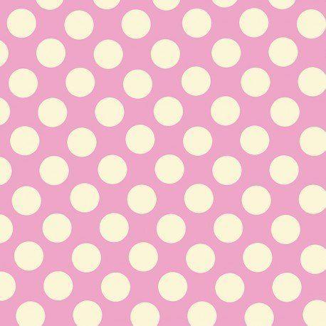 Popelín Lunares Flamenca Fondo Rosa 15mm. Compra telas online de lunares de 15 milímetros crudos sobre un fondo de color rosa. El popelín flamenca es una tela con cuerpo y sostenida, ideal para la confección de trajes de flamenca, vestidos de sevillana, faldas y todo tipo de complementos y aplicaciones de moda flamenca para la feria de Abril y vestidos para la fiesta del Rocío. Puedes comprar telas online en nuestra tienda de moda flamenca.