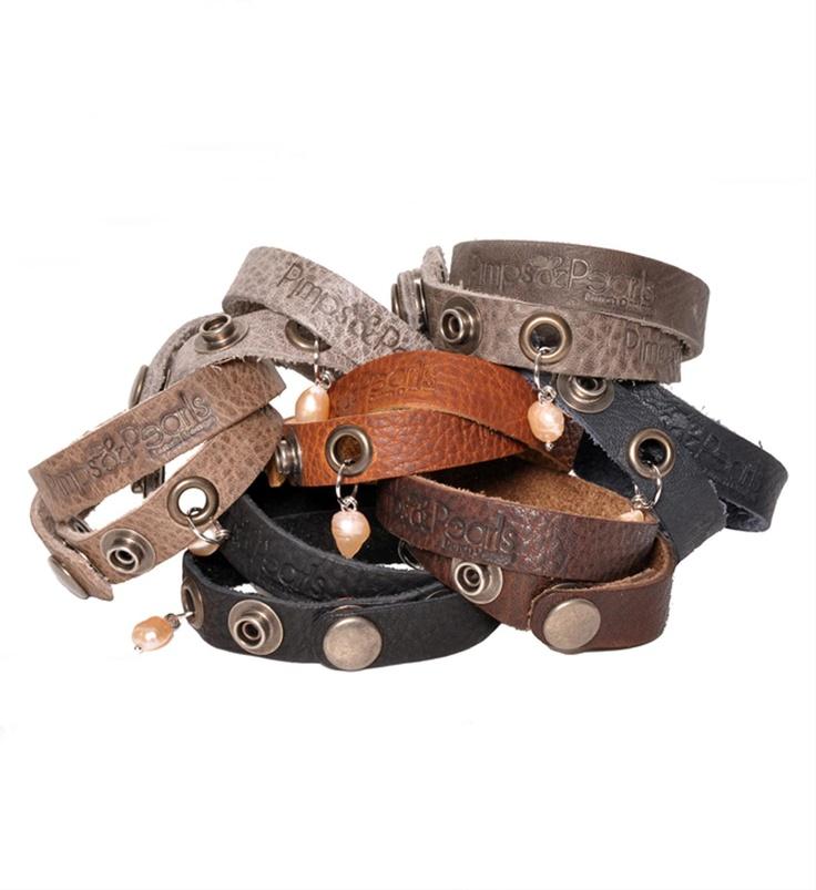 Pimps & Pearls handgemaakte leren armbanden met zoetwaterparel, model Moesss Have - NummerZestien.eu