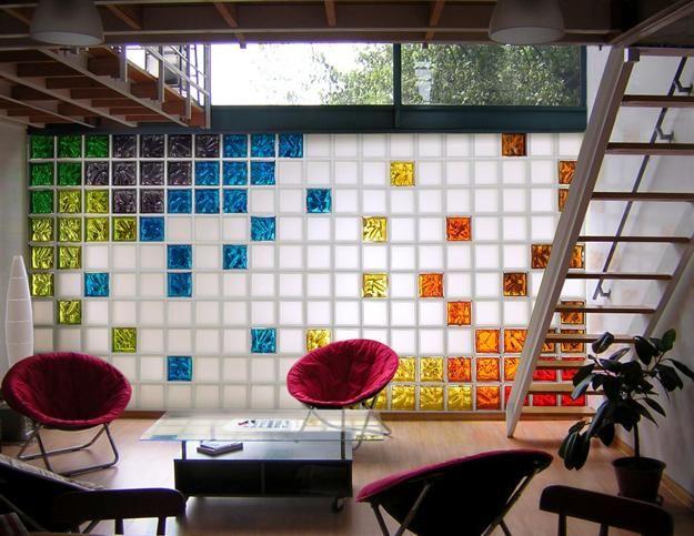 Glasblock-Designs der Außenwände, die natürliches Licht in modernen Innenraum einflößen
