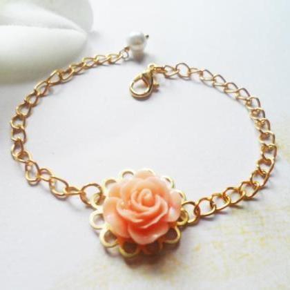 Elegant gold plated flower bracelet..