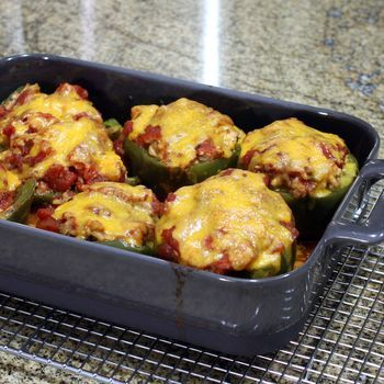 I welcome you to try this ground beef and bell pepper casserole, unstuffed peppers. The flavors of stuffed peppers in half the time.