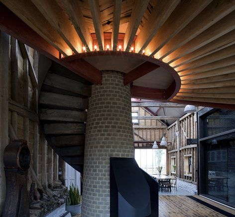 The design eschews the language of the typical barnconversion, instead making the cluster of historicagricultural buildings into an atmospheric getawayfor relaxing and gathering.Our clients, a fashion designer & a digital...