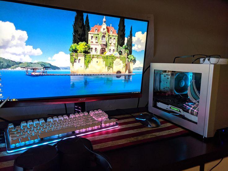 My Mini ITX college Battlestation Mini itx