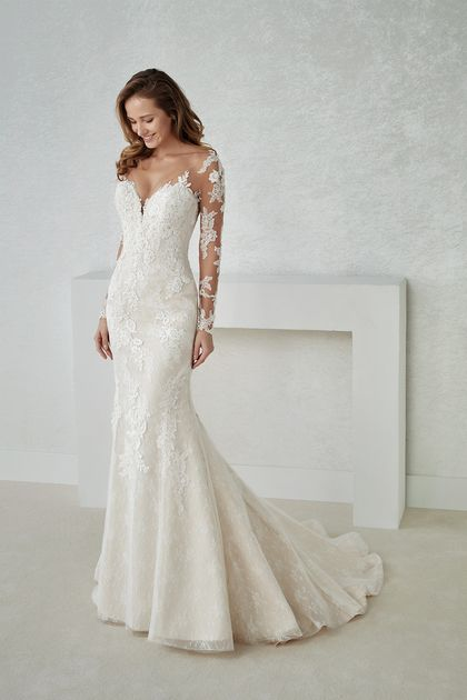 a1b3c937662 2019 V Neck Long Sleeve Lace Mermaid Wedding Dresses With Applique US   299.99 LCPY1DRJGR - LuciesDress.com for mobile