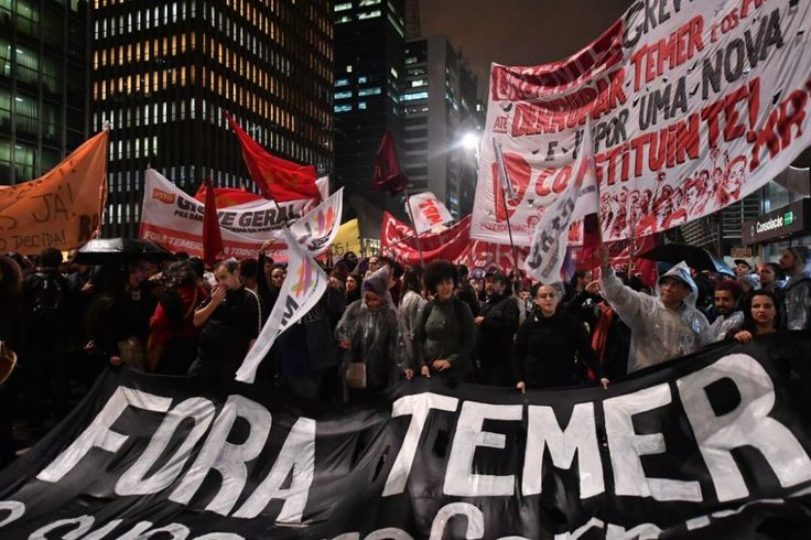 Julgamento da chapa Dilma-Temer começou como birra do PSDB e virou tábua de salvação da República