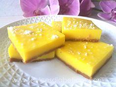 Bocaditos de limón sin azúcar (lemon bars), como un lemon pie pero a trocitos.