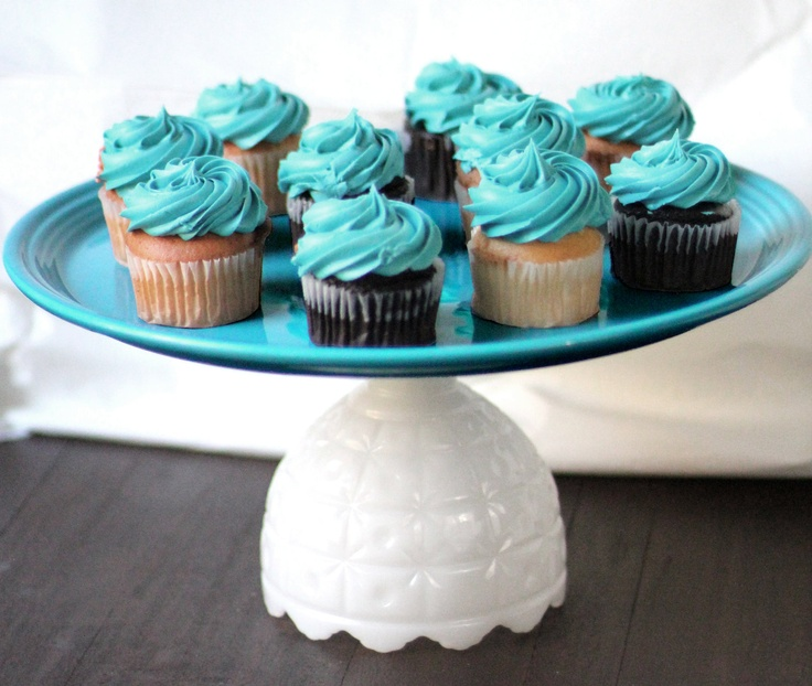 Cupcake Stand for Wedding Cupcakes / Turquoise by TheRocheStudio