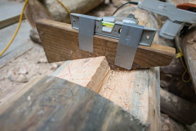 Grindbygg Timber Framing: Day Seven   Peter's Rafter Seat Jig