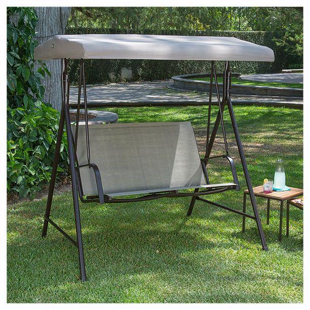 Ideal para exterior. Medida 1.6 x 1.72 metros. Capacidad para 2 personas. Respaldo y techo en poliéster resistente a la intemperie. Estructura de acero.