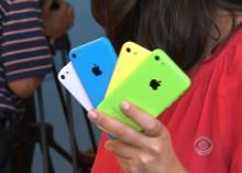Apple announces new iPhone 5S, iPhone 5C, iOS 7 release date - CBS News