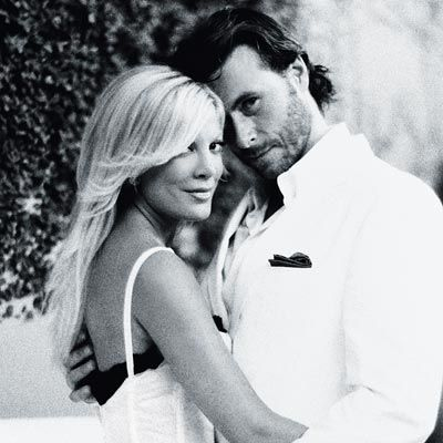 Tori Spelling and Dean McDermott - My favorite Celeb couple!!! :)