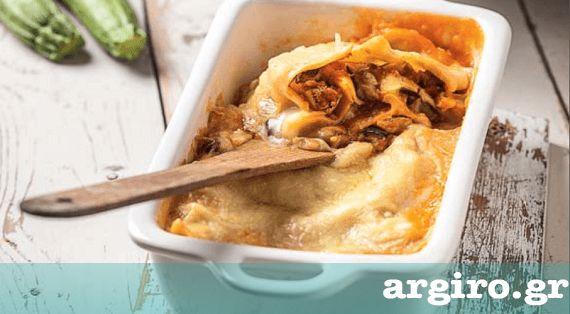 Νηστίσιμο παστίτσιο με κιμά σόγιας και βίγκαν μπεσαμέλ χωρίς αυγά από την Αργυρώ Μπαρμπαρίγου   Η απόλυτη συνταγή για νηστεία και vegan διατροφή!