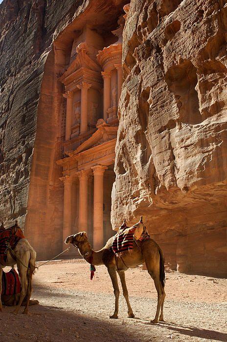 Temple of El-Khazneh,The Treasury. Petra, Jordon. 1200 BC