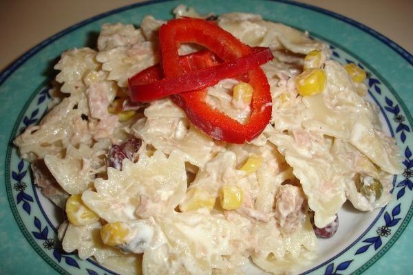Η πιο λαχταριστή και δροσερή σαλάτα ζυμαρικών με λίγες θερμίδες!
