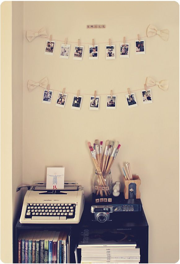 DIY picture display - perfect for my dorm room!