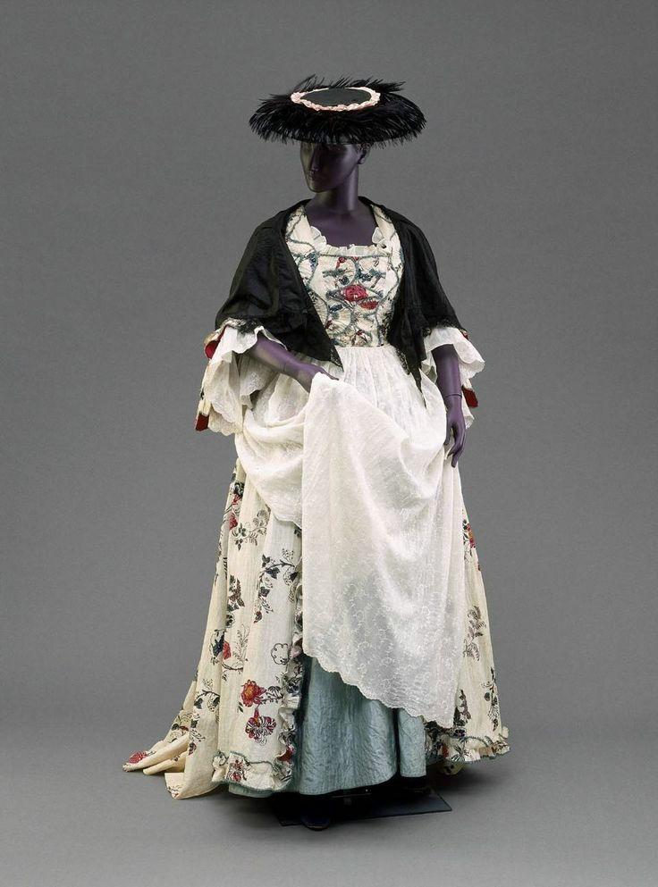 18th century, England (probably Shropshire) - White muslin ...