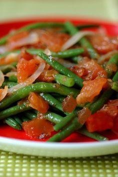 Haricots verts à la provençale : recette de haricots verts - J'ai envie d'une recette légère ! - aufeminin