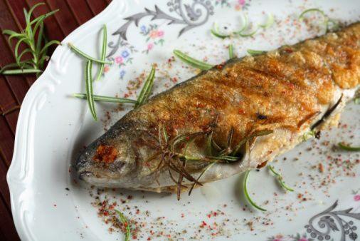 Gevulde forel in bakpapier: http://www.gezondheidsnet.nl/wat-eten-we-vandaag/gevulde-forel-in-bakpapier #recept #gezondeten #watetenwevandaag