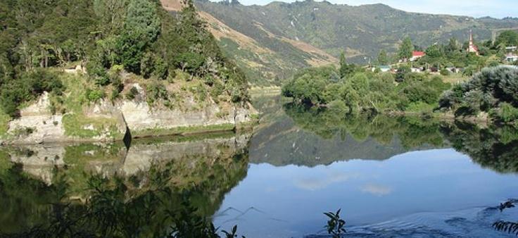 Whanganui River near Pipiriki, New Zealand