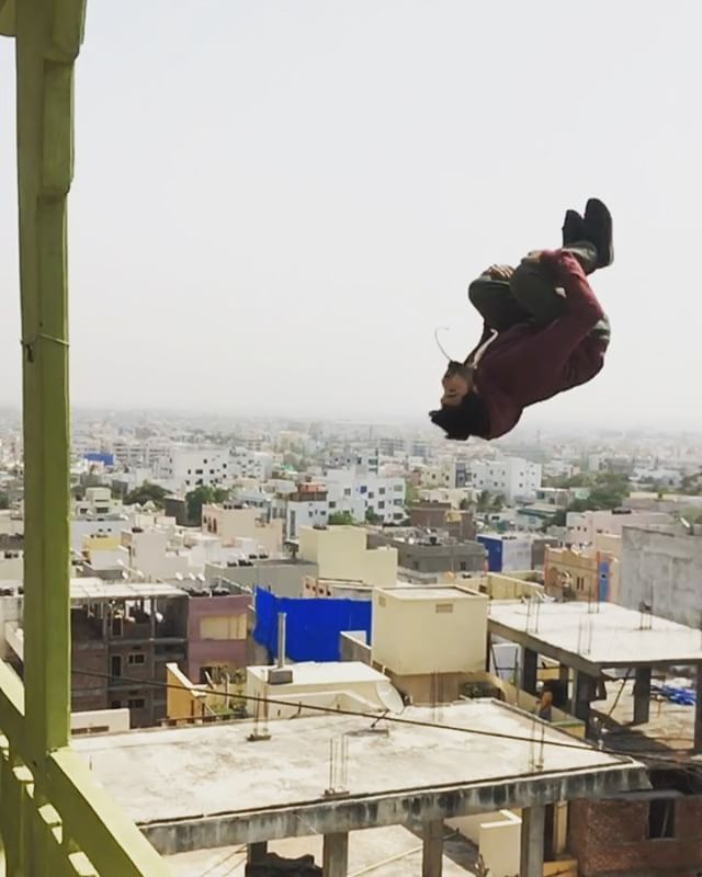 Jumping On Roofs Why Not A Gainer Over A Gap Whoispeterparkour Parkour Gainer Roofgap India Canyoudoabackflip Freerun Parkour Free Running Adventure