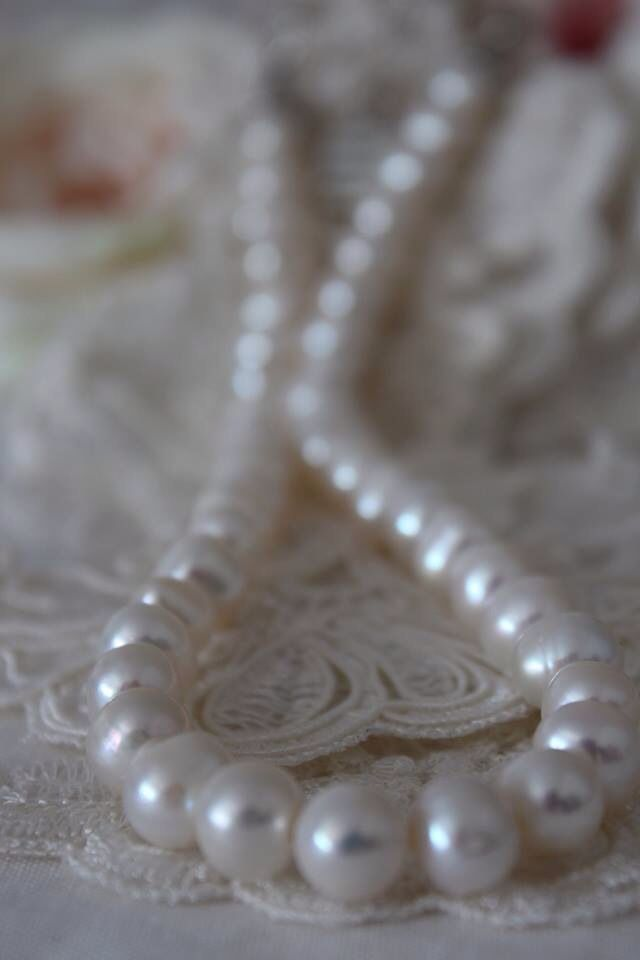 Soft White freahwater pearl necklace 13mm/A++.