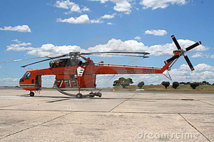 fire helicopter pictures | MELBOURNE, AUSTRALIA - DECEMBER 6: Sikorsky S-64 Skycrane/fire bomber ...