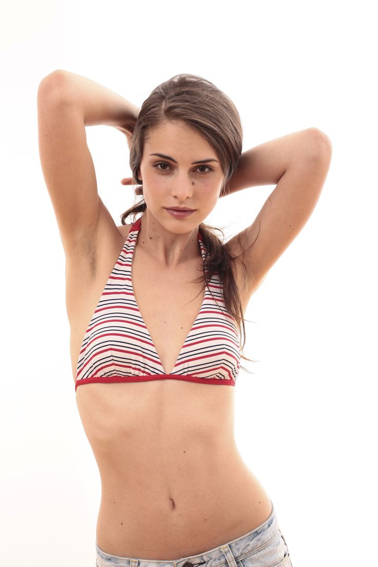 V-neck bikini top with stripes @pelsoswimwear