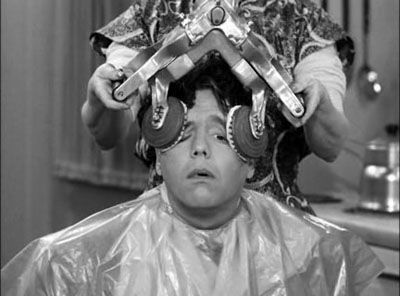 I Love Lucy ~ Lucy gives Ricky a hilarious scalp treatment after he worries he's going bald ~ One of the best scenes ever!