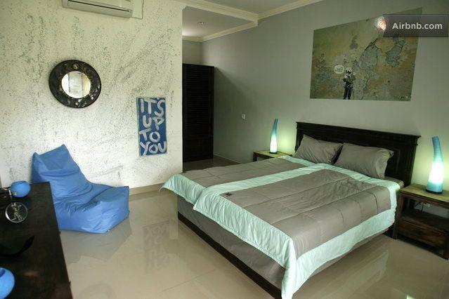Streetart Room in Riviera House in Kuta
